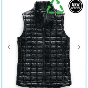 Women's North Face Thermoball Vest in Black